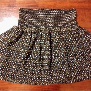 Old Navy Ruched Flirty Summer / Fall Skirt